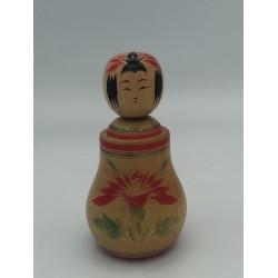 poupée japonaise traditionelle kokeshi de Naruko